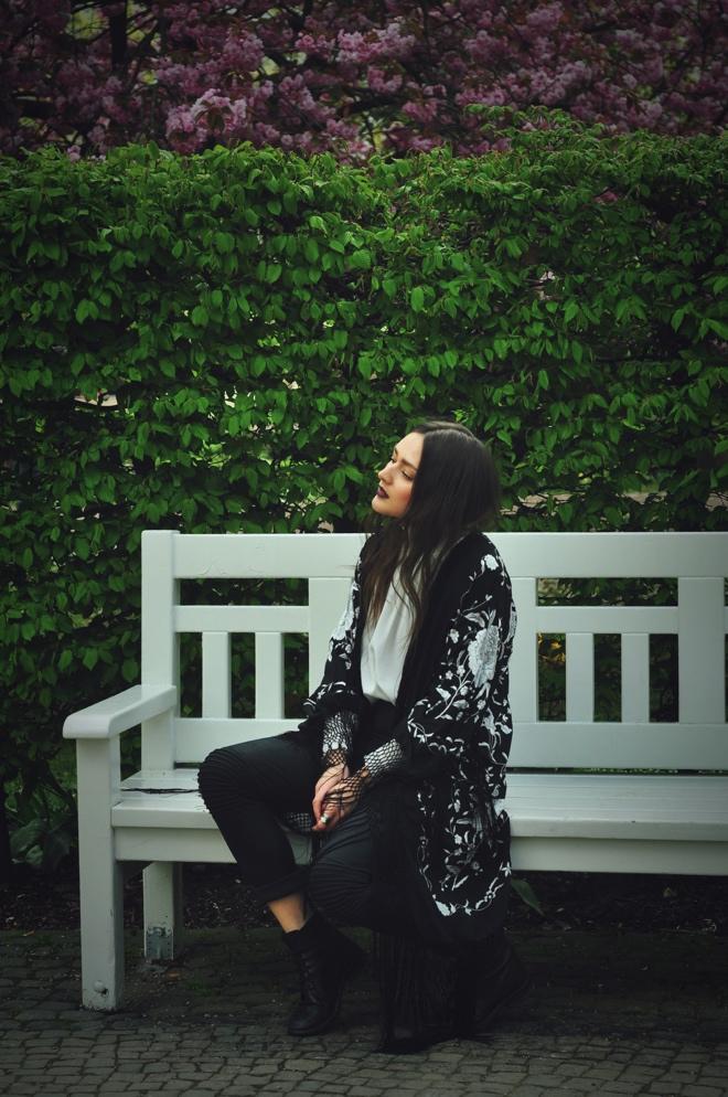 embroidet_Boho_silk_Kimono