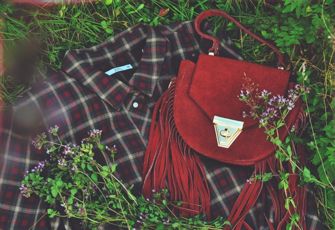 plaid-dress-hippie-fringe-bag-autumnlook